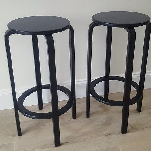 Retro bar stools