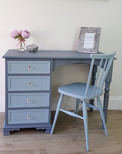 Dresser / Desk and Chair