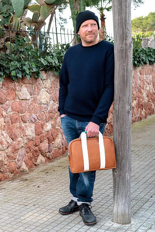 maravillas bags, laptop cover, eco leather, brown, cover mac book, handmade in Mallorca Spain, men bag, sustainable handbags