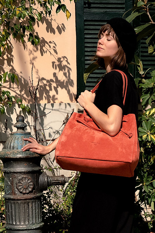 maravillas bags, tote bag, eco shopper, red, vegetable tanned leather, Berlin bag, suede leather, handmade in Mallorca Spain