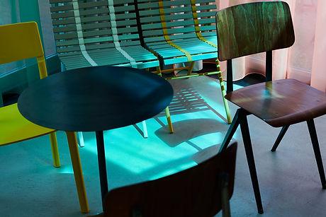 デザインされたインテリア家具