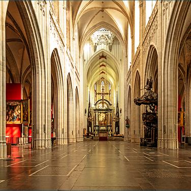 Antwerpen-Kathedrale-6123.png