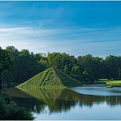 Park-Branitz-Pyramide-9579 Kopie.png