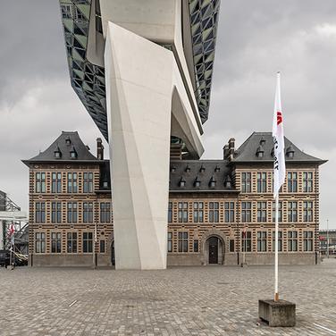Antwerpen-Havenhuis-3.png