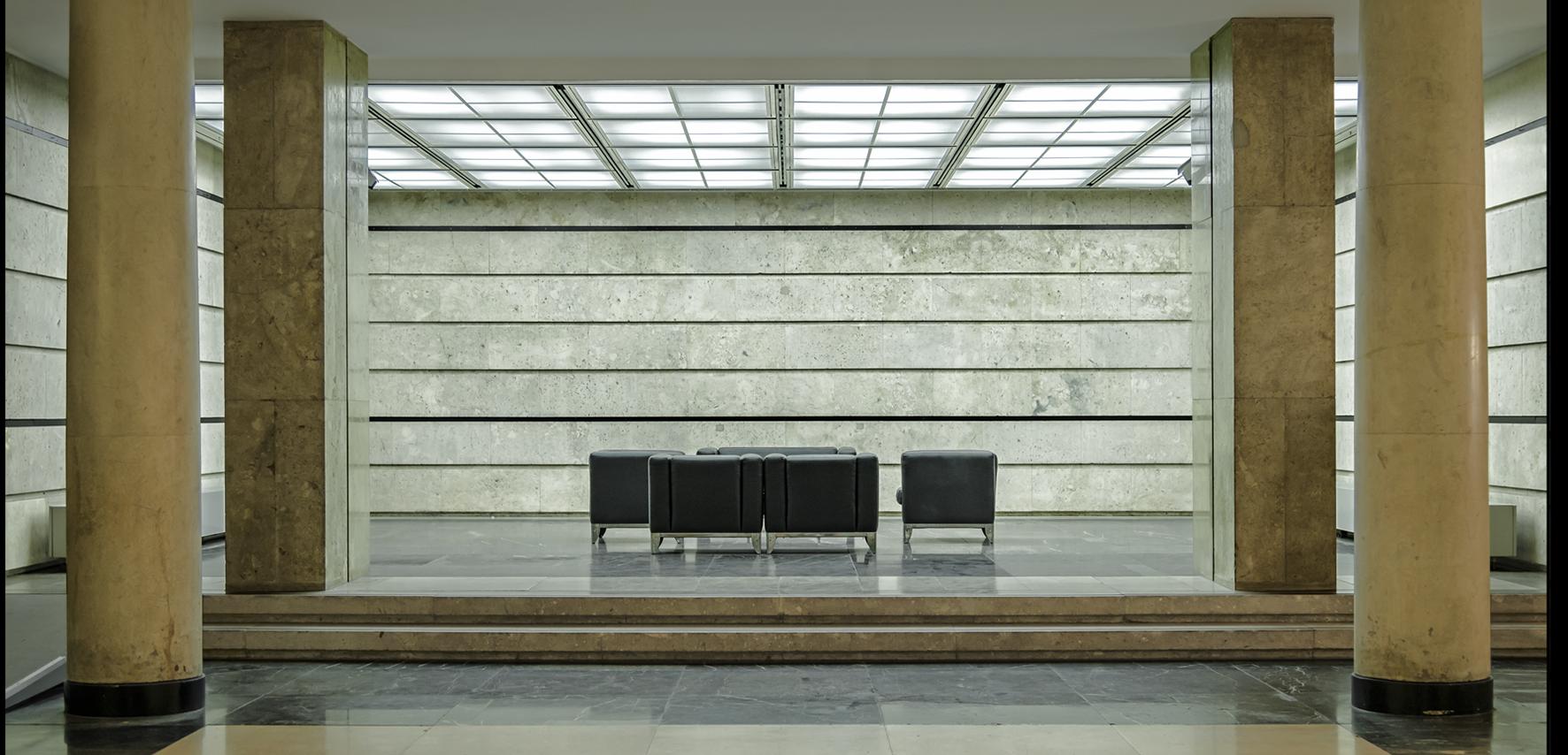 BMF-Steinhalle-Foyer2894