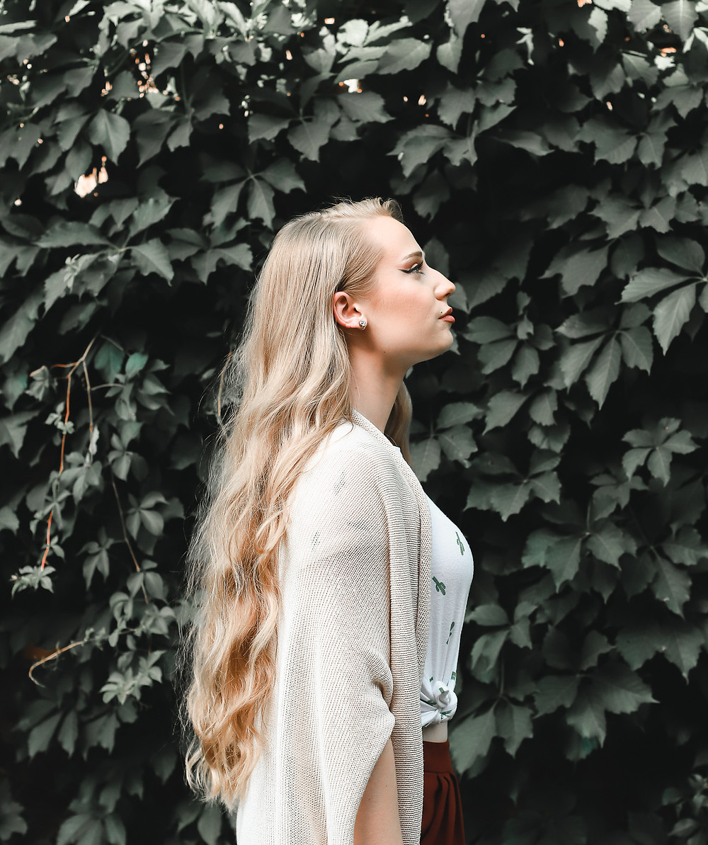 April Heil, TheHeilStyle, The Heil Style, Brady Pappas Photography, H&M, Forever 21, Hair, Hair Goals, Blonde Way Hair, Long Hair, Long 70s hair, retro, vintage, my hair, hair care tips, best hair tips, grow your hair, diy, tips and tricks for healthy hair, healthy, hair, straight hair, Jennifer Anniston hair, long straight hair, beachy, beachy wavy hair, beach waves, Barefoot Blonde Hair, Barefoot Blonde, Natural hair, Downtown, Downtown York, York PA