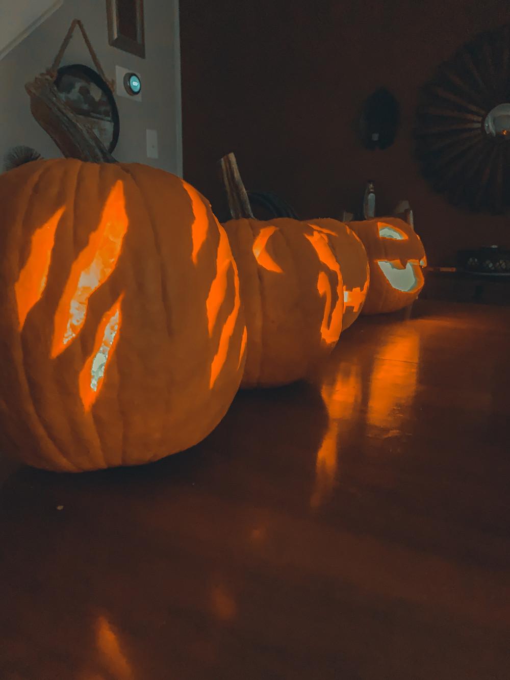 pumpkins jack-o-lanterns