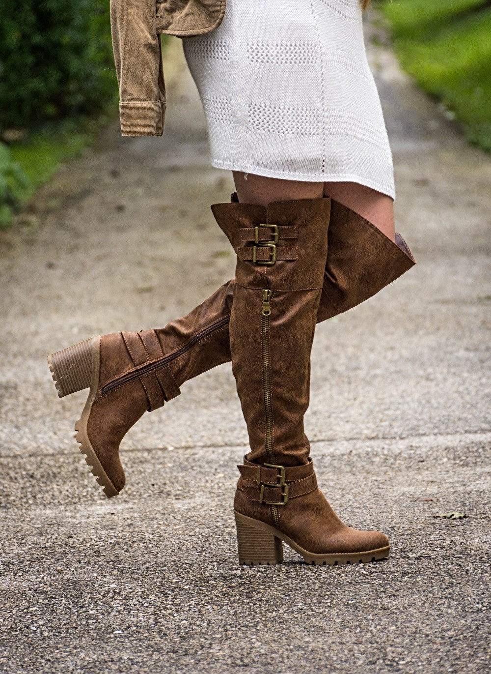 boots, fall, fall outfit, autumn, theheilstyle, April M. Heil, White Mountain, shoes, White Mountain Shoes, white dress, blazer, dressy, pretty, blonde, happy, photography