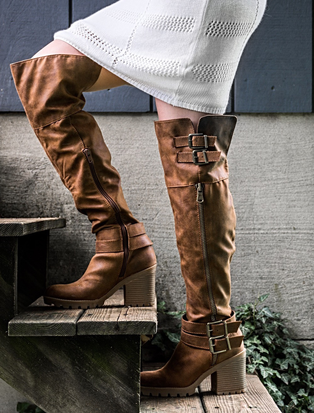 boots, fall, fall outfit, autumn, theheilstyle, April M. Heil, White Mountain, shoes, White Mountain Shoes, white dress, blazer, dressy, pretty, blonde, happy, photography, outdoors, Pennsylvania, fashion blog, blogger, top bloggers, top fashion bloggers
