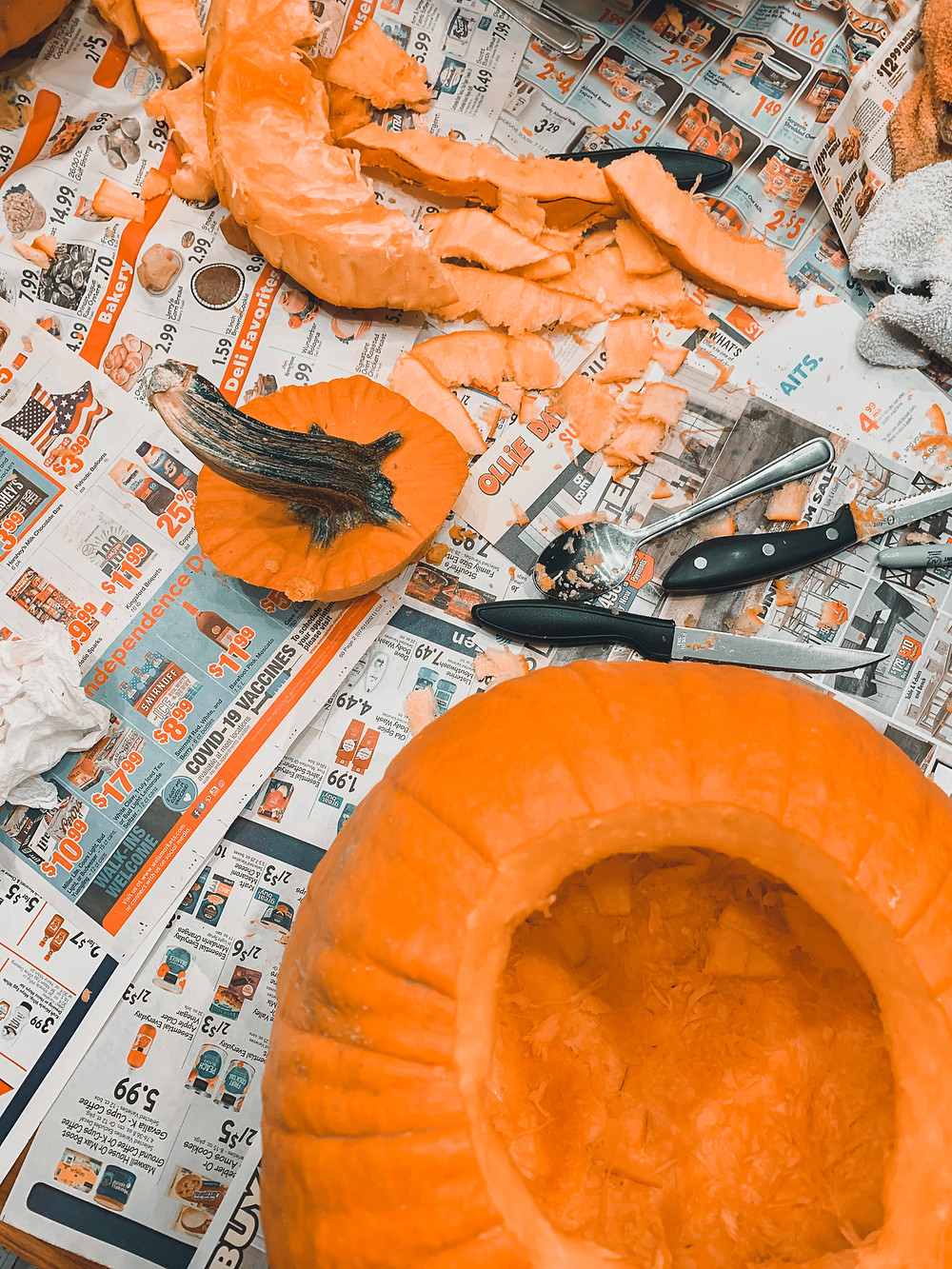 pumpkin carving newspaper orange pumpkin knives pumpkin stem