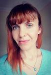 Justyna Headshot.jpg