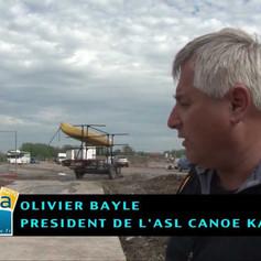 DES ALGUES BALADEUSES DANS LE BASSIN DE COURSE EN LIGNE DE SAINT-LAURENT-BLANGY