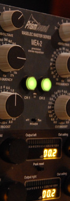 primsound negro botones pp.JPG