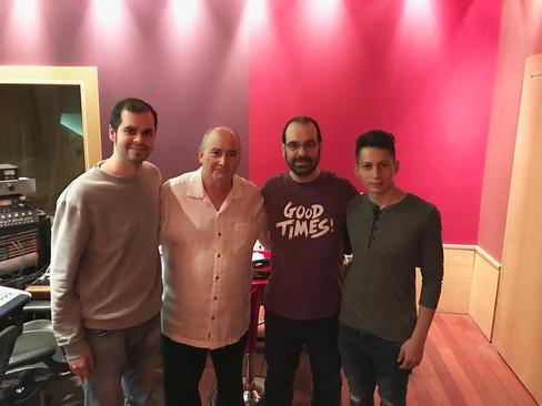 Frank, John Kurlander, Caco y Camilo