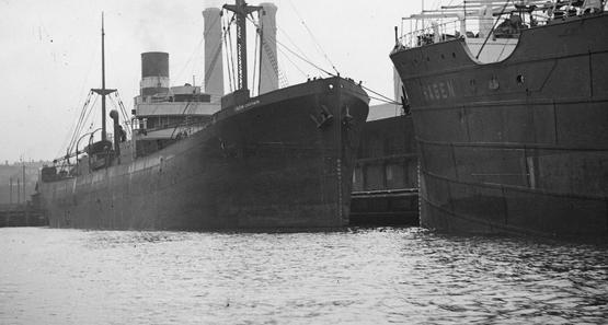 SS Iron Crown alongside SS Hagen