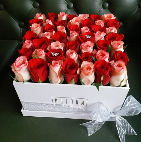 Two tone cube of roses