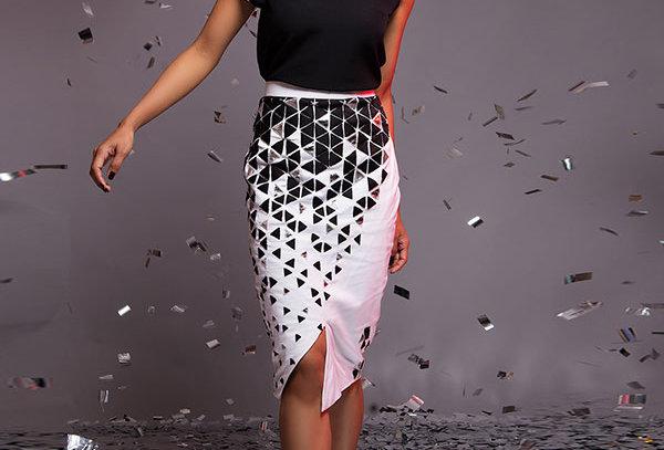 PRISM White pencil skirt w/silver & black applique - PSYCH/S 01