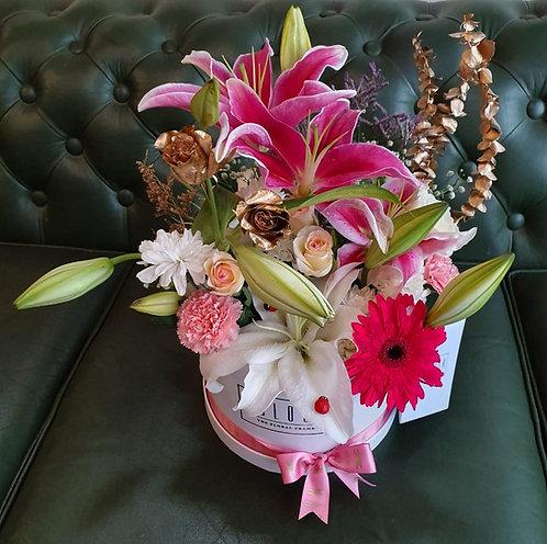 Bucket lily box