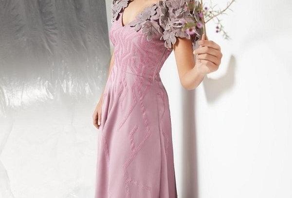 RIYA Dusky Pink appliqué gown