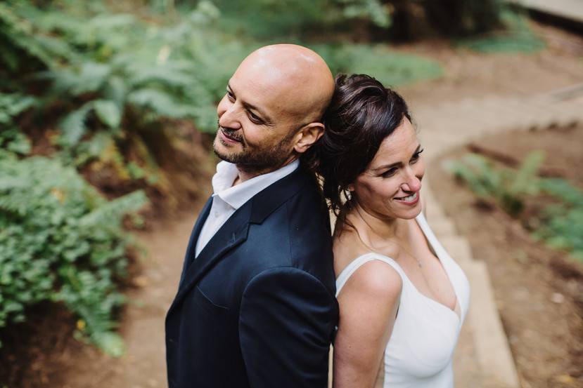 How to pose for an Elopement