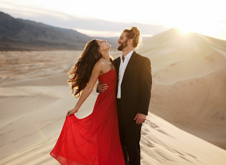 Sand dunes   Death Valley elopement