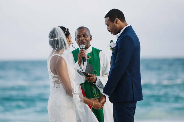 WeddingPhotogeaphers34.jpg