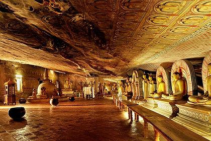 035-Cave-temple-Dambulla.jpg