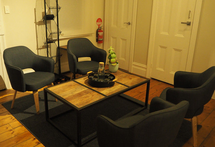 Second waiting room at Oak Tree Osteopathy
