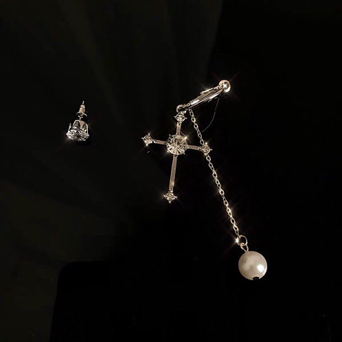 Earring with Diamond and Pearl