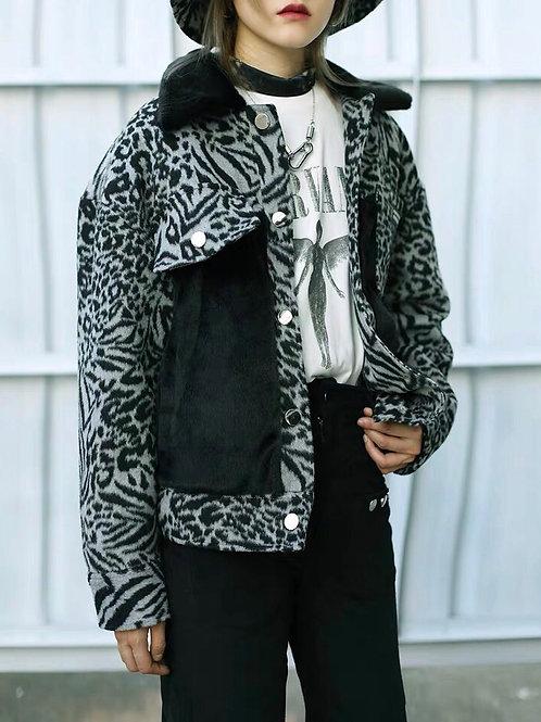 Extra Warm Zebra Print Faux Fur Jacket