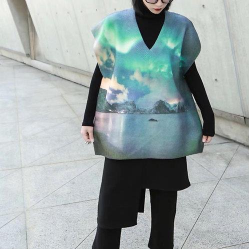 Sleeveless V Collar Sweater with Aurora Print