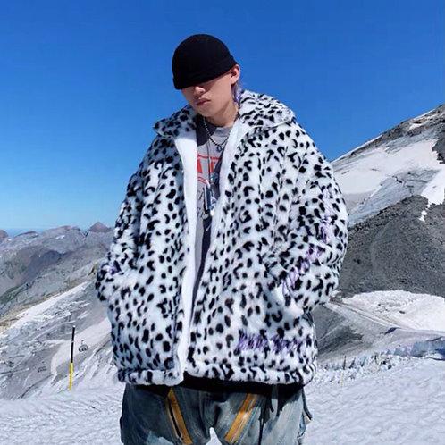 White/Black Unisex Extra Warm Faux Fur Jacket