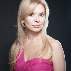 Яна Корнелл