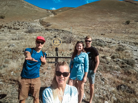 45th parallel hike, Cromwell. | New Zealand