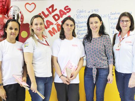 Colaboradores comemoram o Dia das Mães