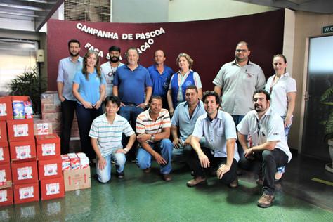 Grupo G10 arrecada 4.683 litros de leite e distribui para entidades sociais