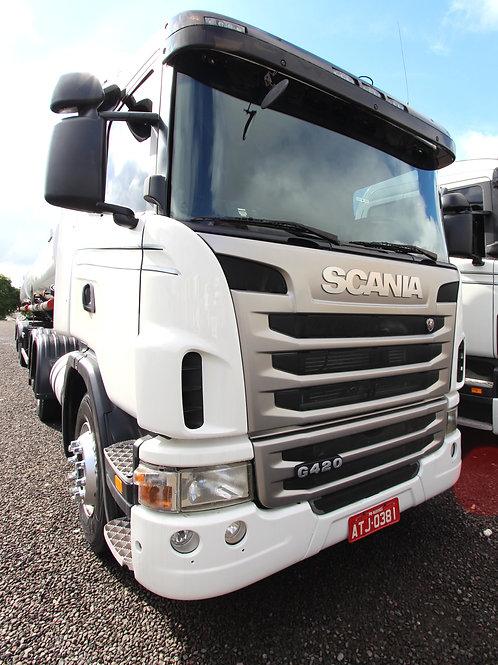 Scania G420 - 2010/11 - 6x2 (ATJ 0381)