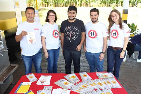 Cordiolli Transportes faz ação em apoio à Campanha Faça Bonito