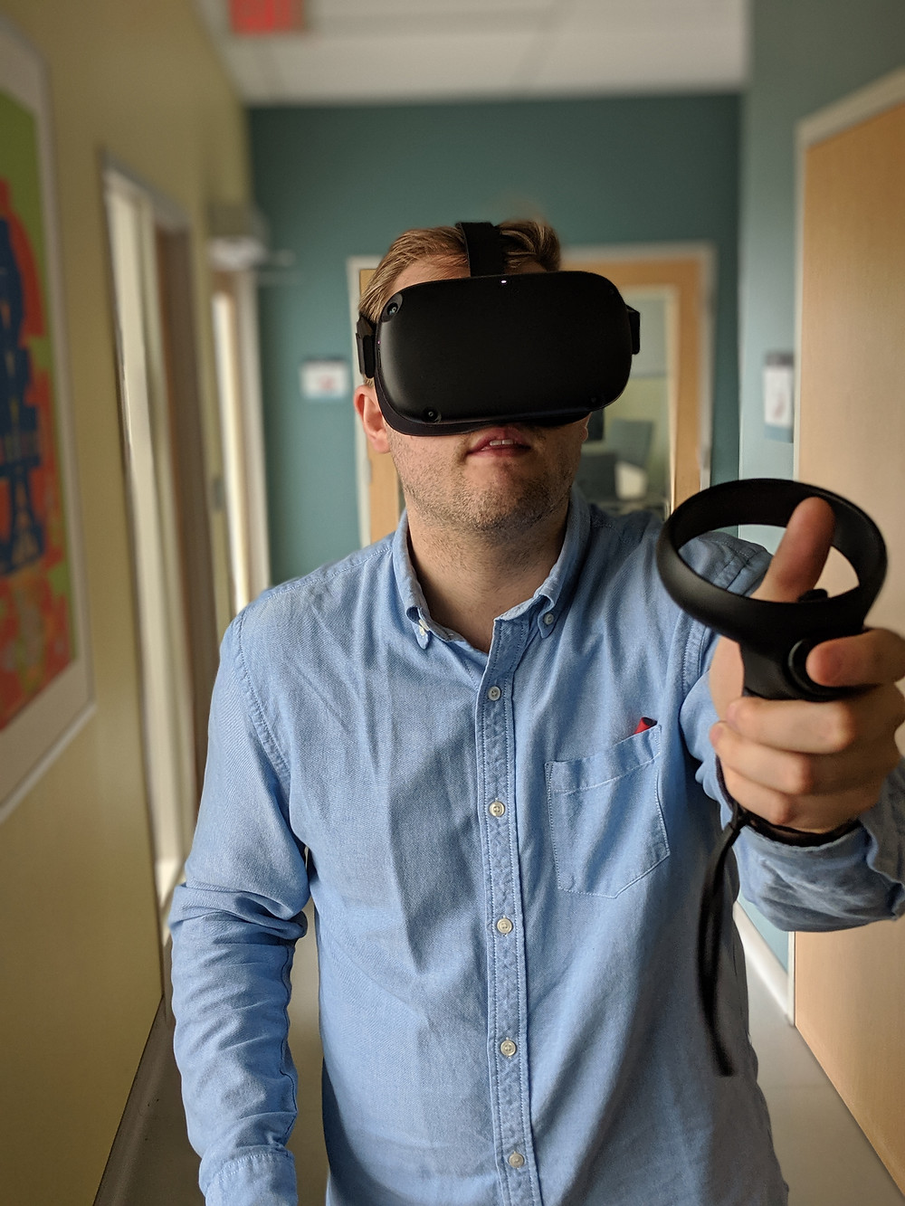 A guy trying standalone virtual reality for the first time