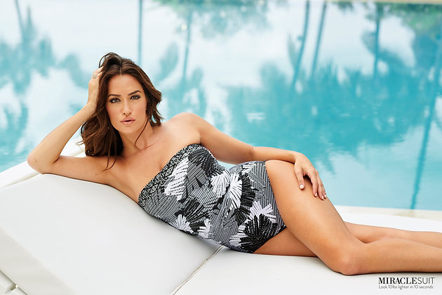 Miraclesuit Moonlight At The Oasis Avanti One-Piece