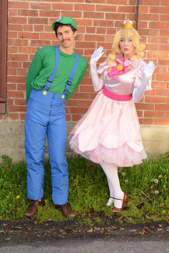 Super Plumber & Mushroom Princess