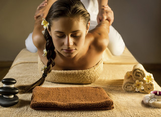Lomi Lomi Massage: Sacred in Mind, Body and Spirit.