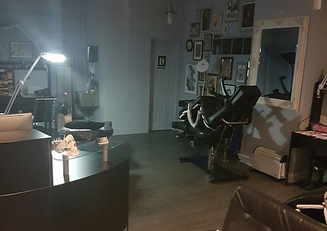 picture of the Ladies and gentlemen studio
