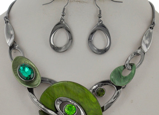 Green & Silver Loop Necklace Set