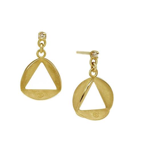 Tri-Pleats Earrings