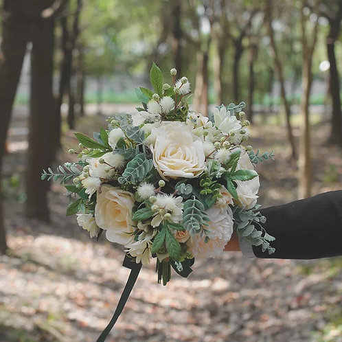 Silk Bouquet Rental ( Ivory, Blush, Pink, or Peach) with boutonniere