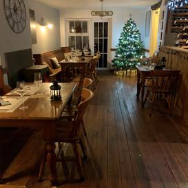 cafe christmas.jpg