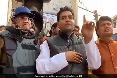 जिस कपिल मिश्रा पर दंगा भड़काने का आरोप, पुलिस ने दे दी साहब को Y ग्रेड की सुरक्षा