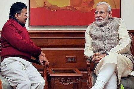 केजरीवाल ने पीएम मोदी से की मुलाकात, दिल्ली हिंसा और कोरोना वायरस पर की बात