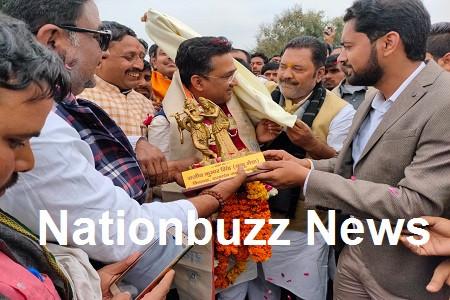 बदायूं में दातागंज आगमन पर प्रदेश संगठन मंत्री का ज़ोरदार भव्य स्वागत किया